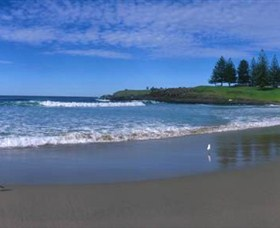 Surf Beach Kiama - South Australia Travel