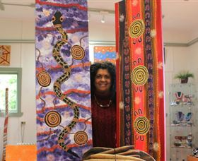 Apma Creations Aboriginal Art Gallery and Gift shop - South Australia Travel