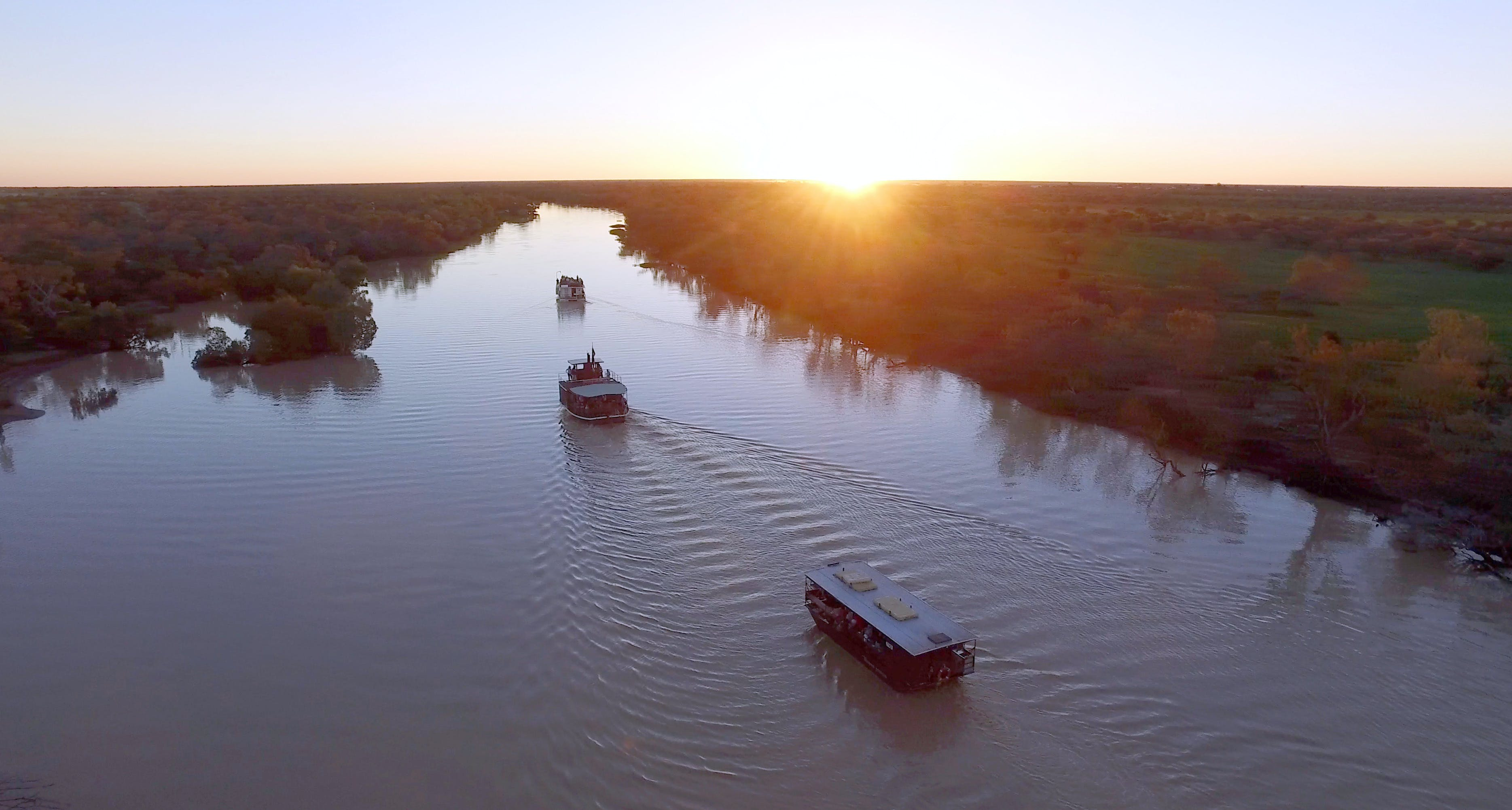 Thomson River Longreach - South Australia Travel