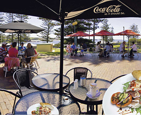 The Beach and Bush Gallery and Cafe - South Australia Travel
