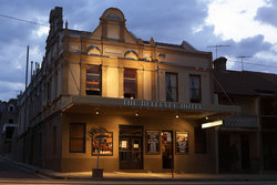 Bellevue Hotel - South Australia Travel