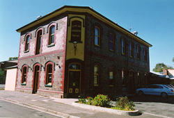 Earl of Leicester Hotel - South Australia Travel
