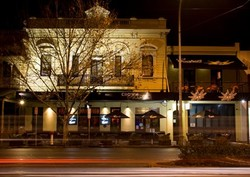 Crown and Sceptre Hotel - South Australia Travel