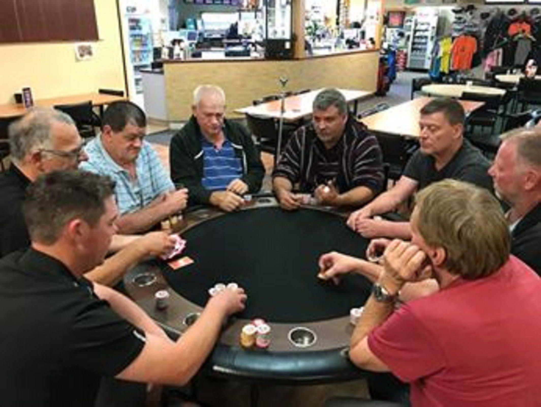 Numurkah Golf and Bowls Club - Poker Wednesday - South Australia Travel