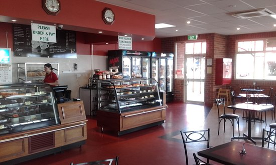 Kelly's Bakery - South Australia Travel