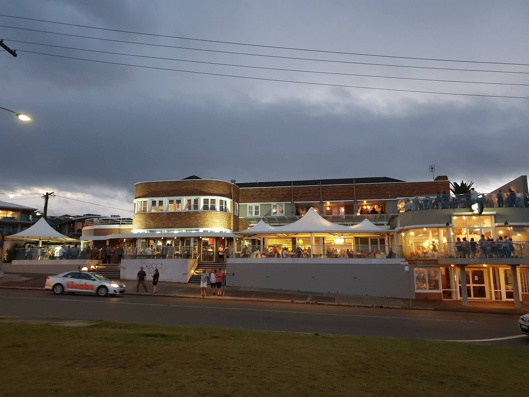 The Beach Hotel Merewether - South Australia Travel