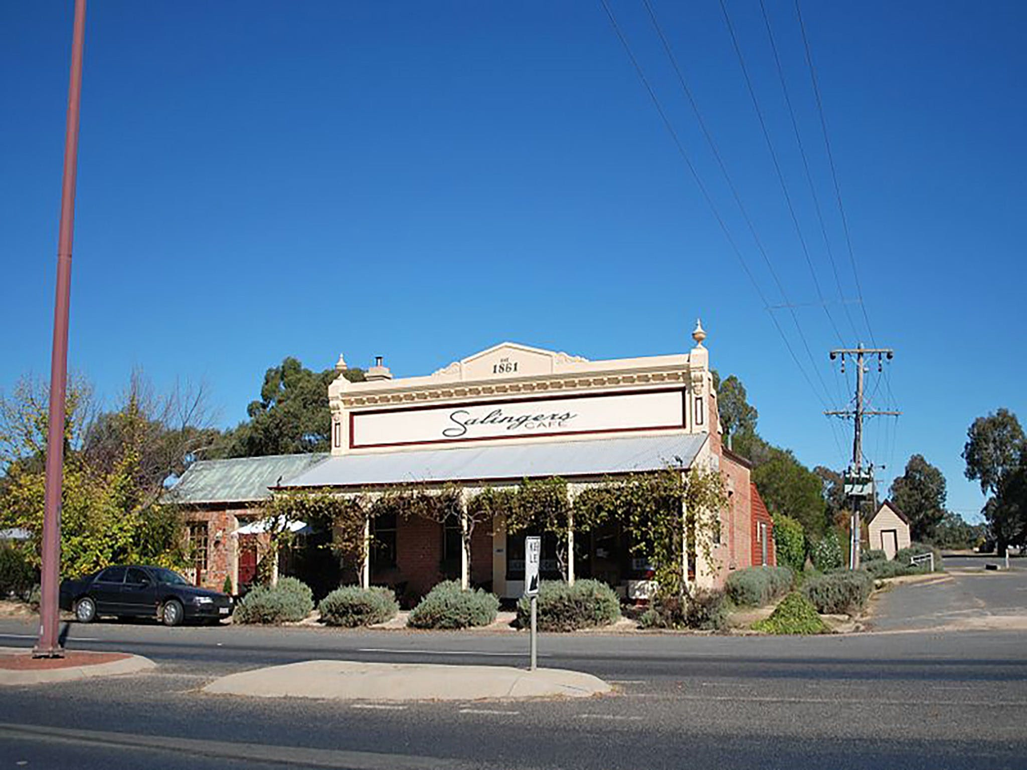 Salingers Cafe - South Australia Travel