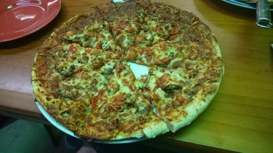 Pizza in the Pan - South Australia Travel