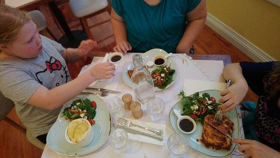 The Speckled Hen Cafe - South Australia Travel