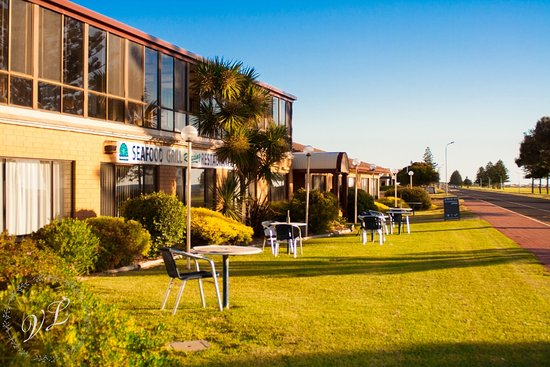 Lacepede Bay Motel  Restaurant - South Australia Travel