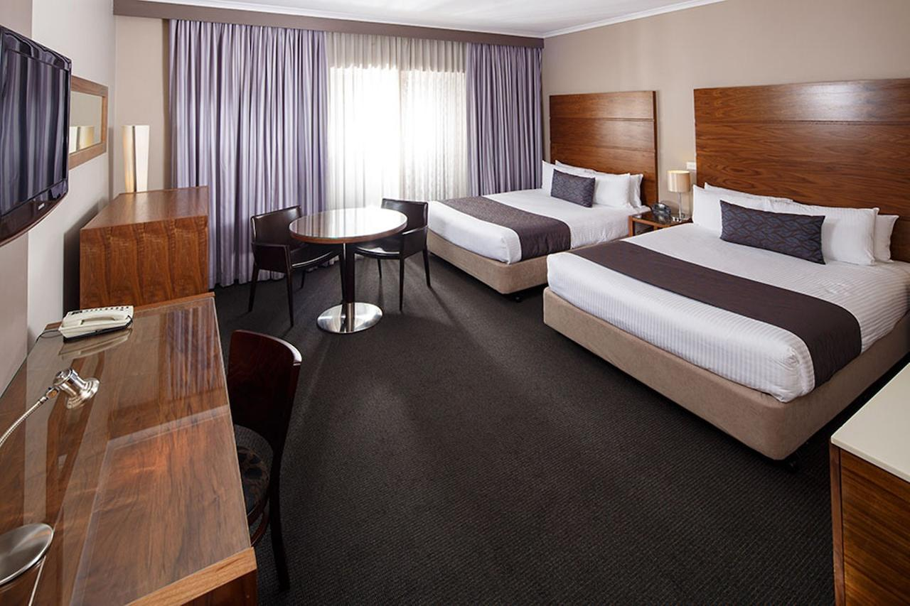 Quality Hotel Dickson - South Australia Travel