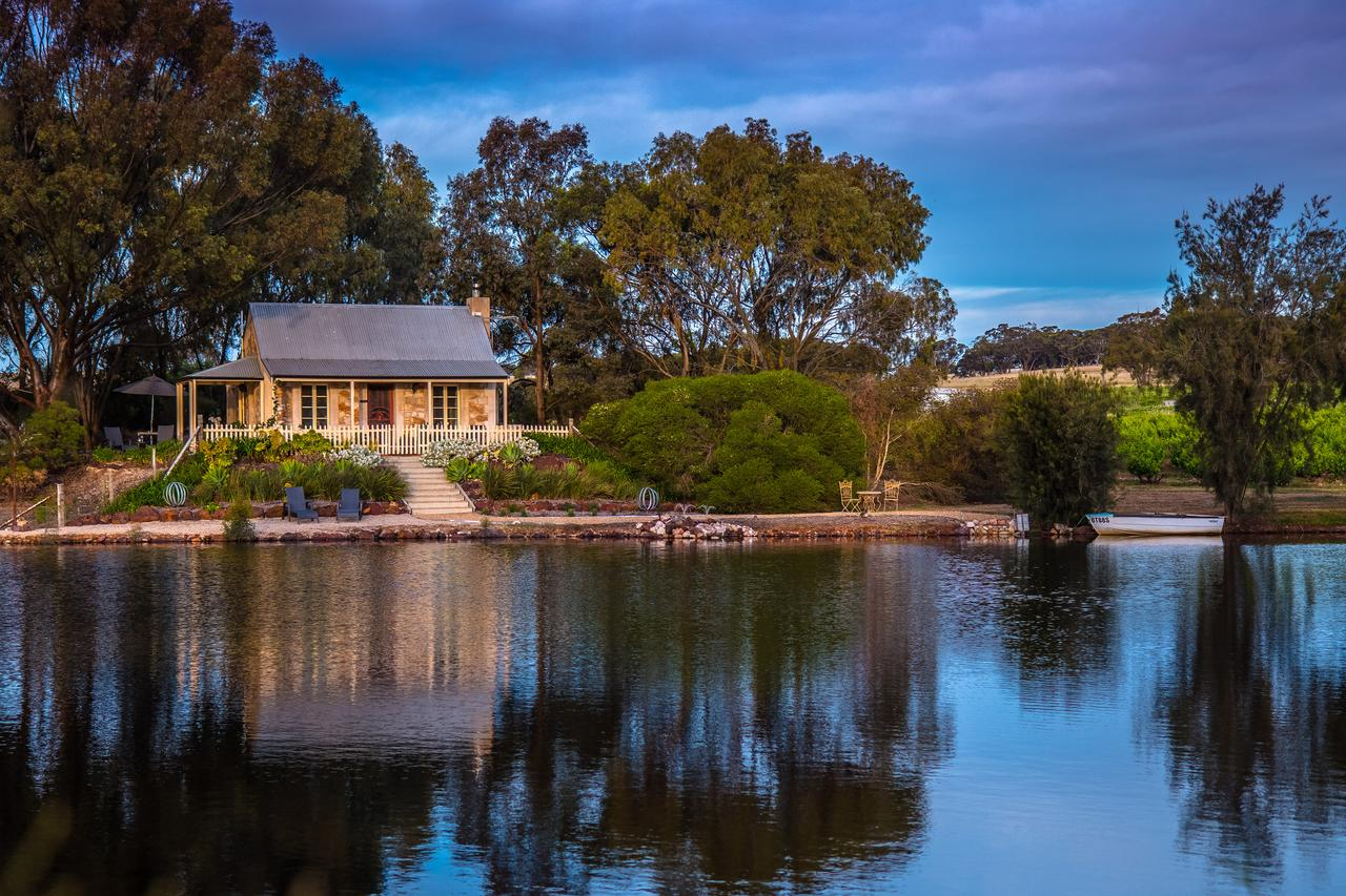 Stonewell Cottages and Vineyards - South Australia Travel