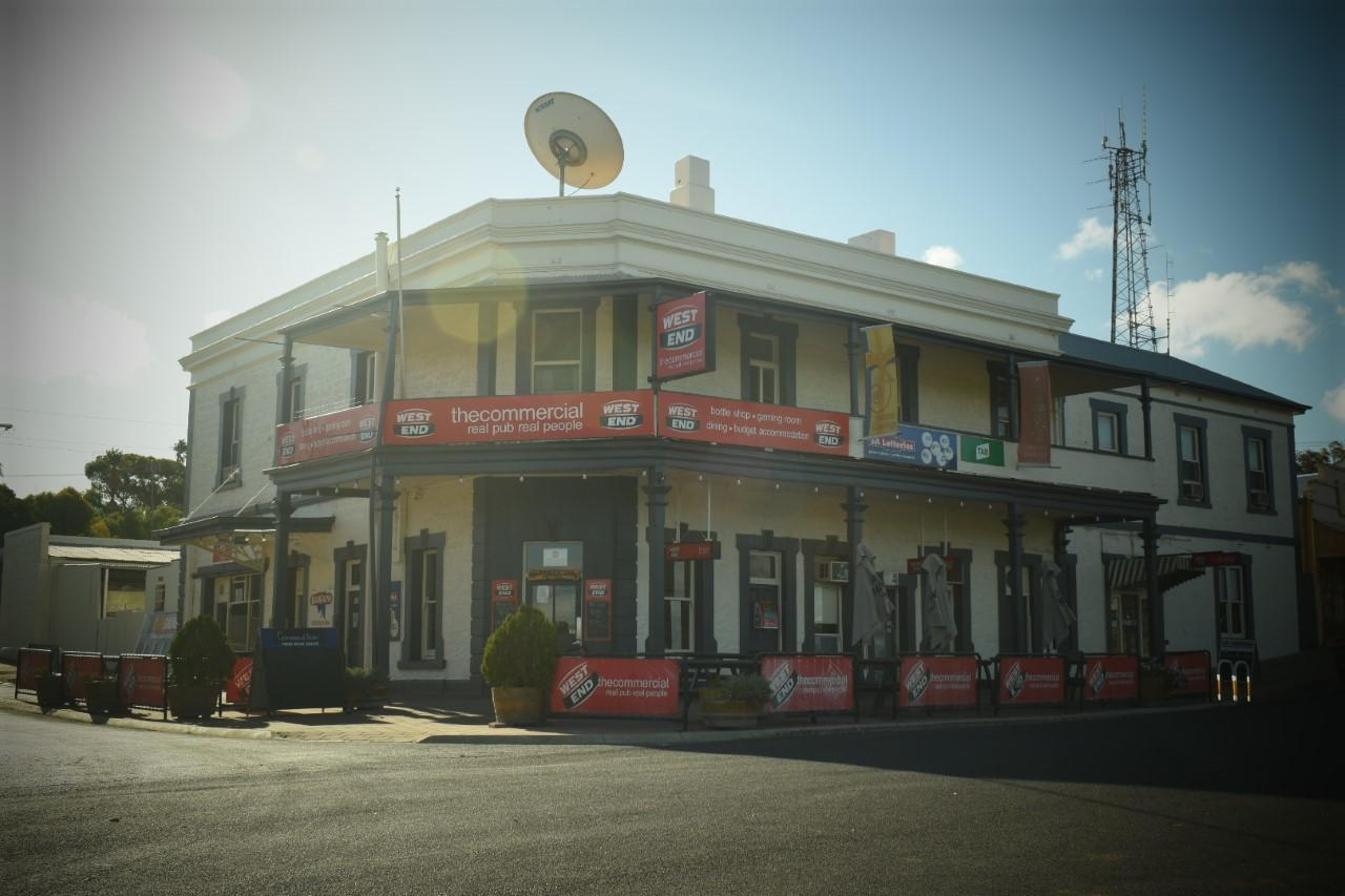Commercial Hotel Morgan - South Australia Travel