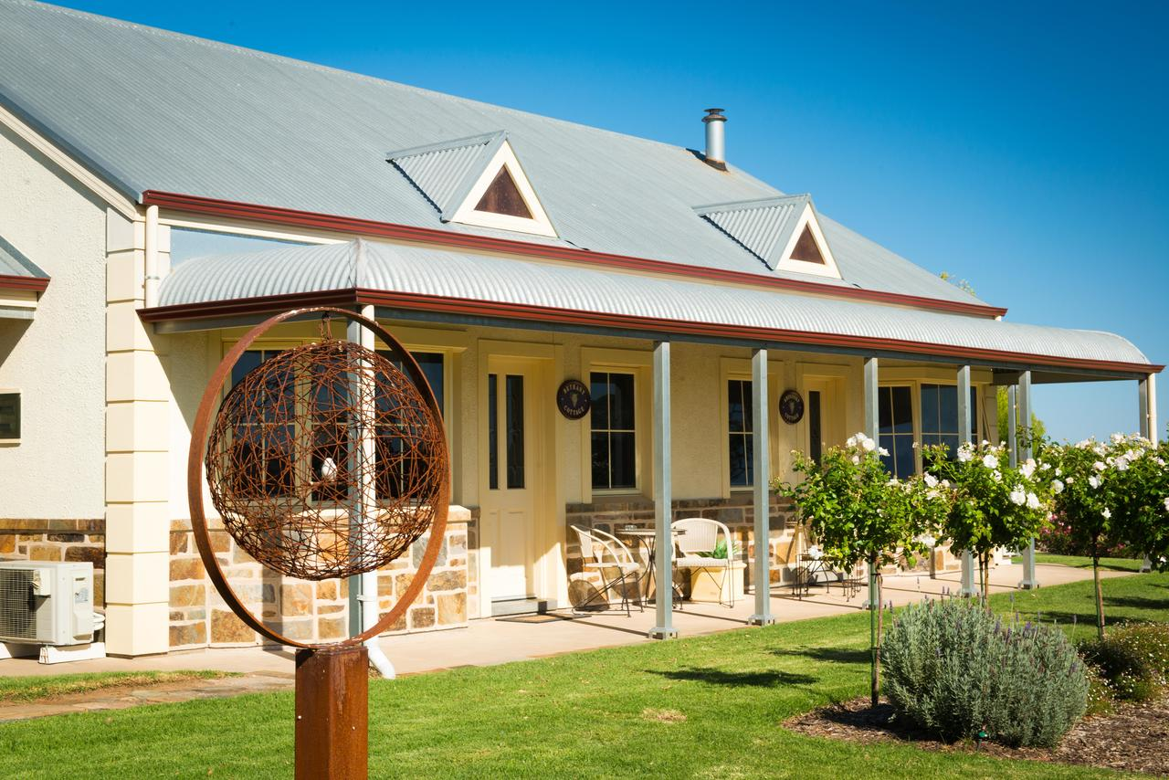 Barossa Vineyard Cottages - South Australia Travel