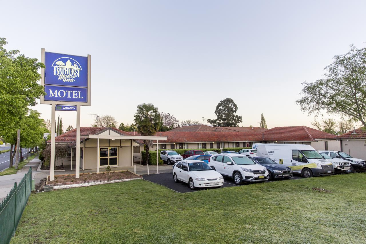 Bathurst Motor Inn - South Australia Travel
