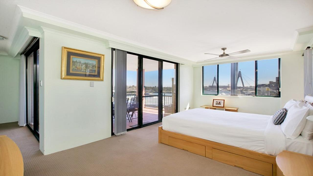 Darling Harbor Apartment - South Australia Travel