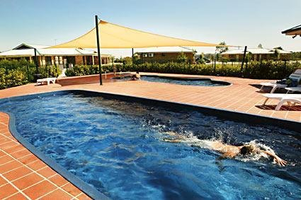 Potters Hotel Brewery Resort - South Australia Travel