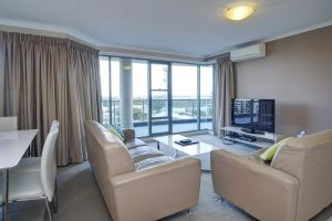 Sails Apartments - South Australia Travel