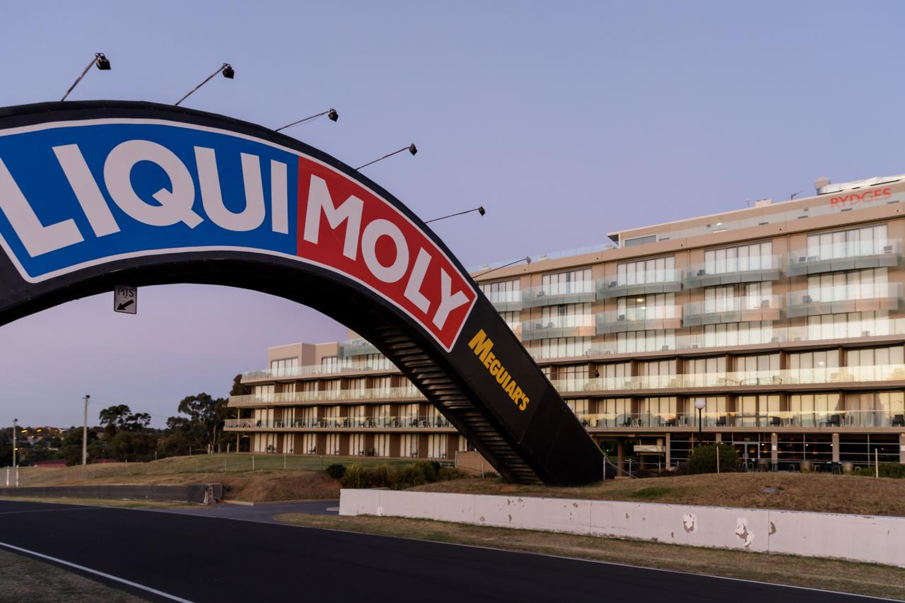 Rydges Mount Panorama Bathurst - South Australia Travel