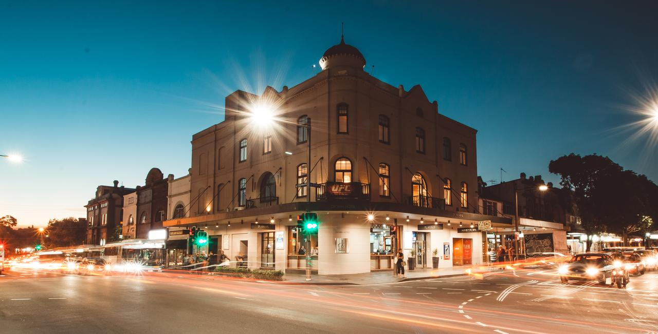 Crown Hotel Surry Hills - South Australia Travel