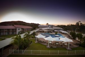 Crowne Plaza Alice Springs Lasseters - South Australia Travel