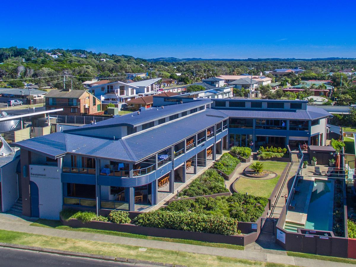 Lennox Holiday Apartments - South Australia Travel