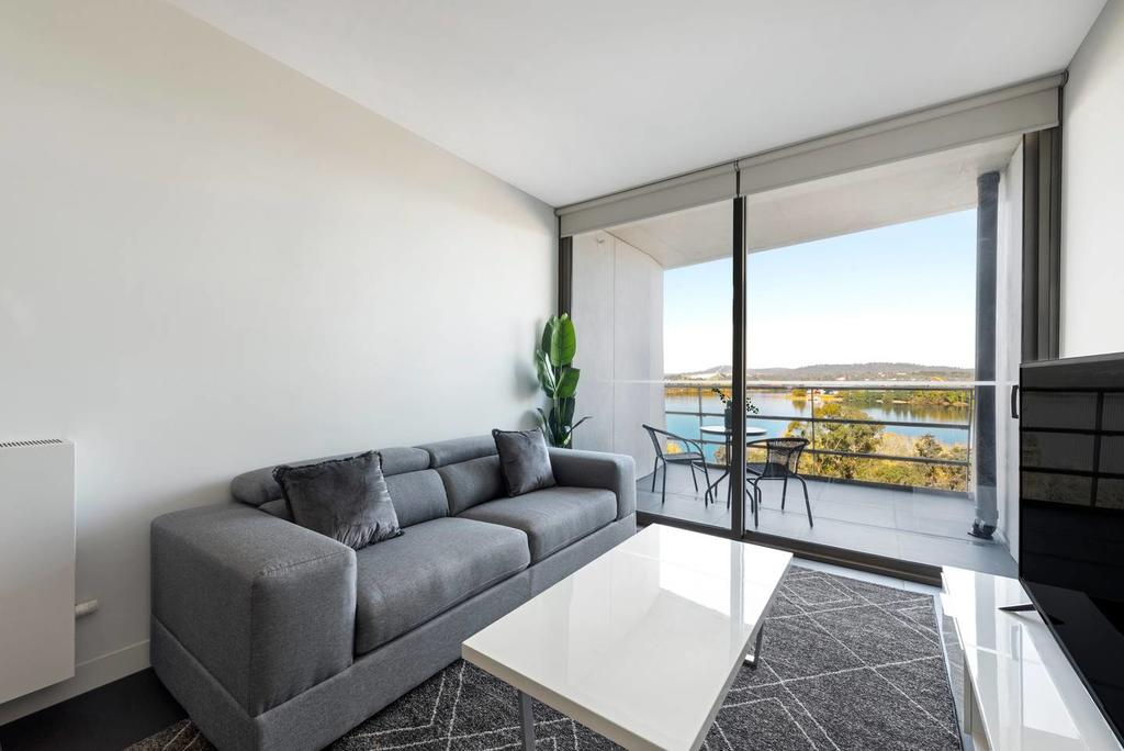 Canberra Luxury Apartment 5 - South Australia Travel