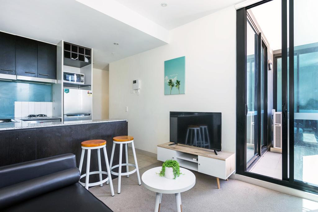 Central and Modern Apartment in Melbourne CBD - South Australia Travel
