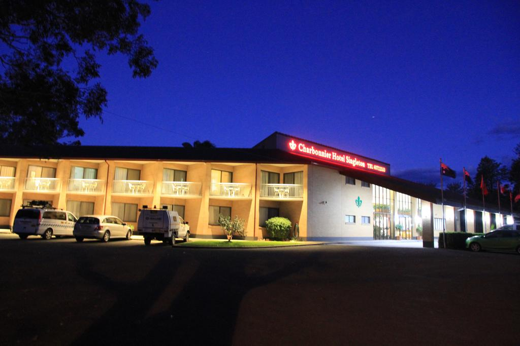 Charbonnier Motor Inn - South Australia Travel
