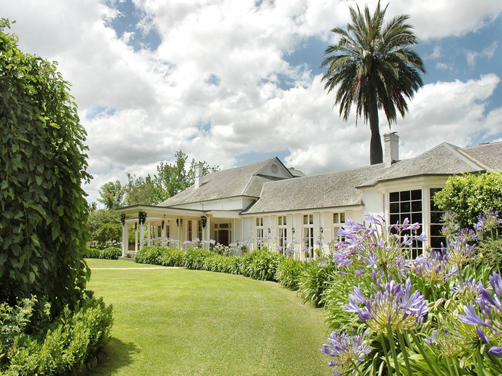 Chateau Yering Hotel - South Australia Travel