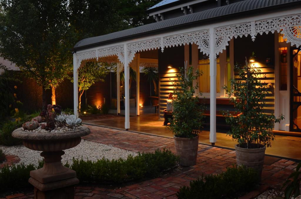 Clement House - South Australia Travel