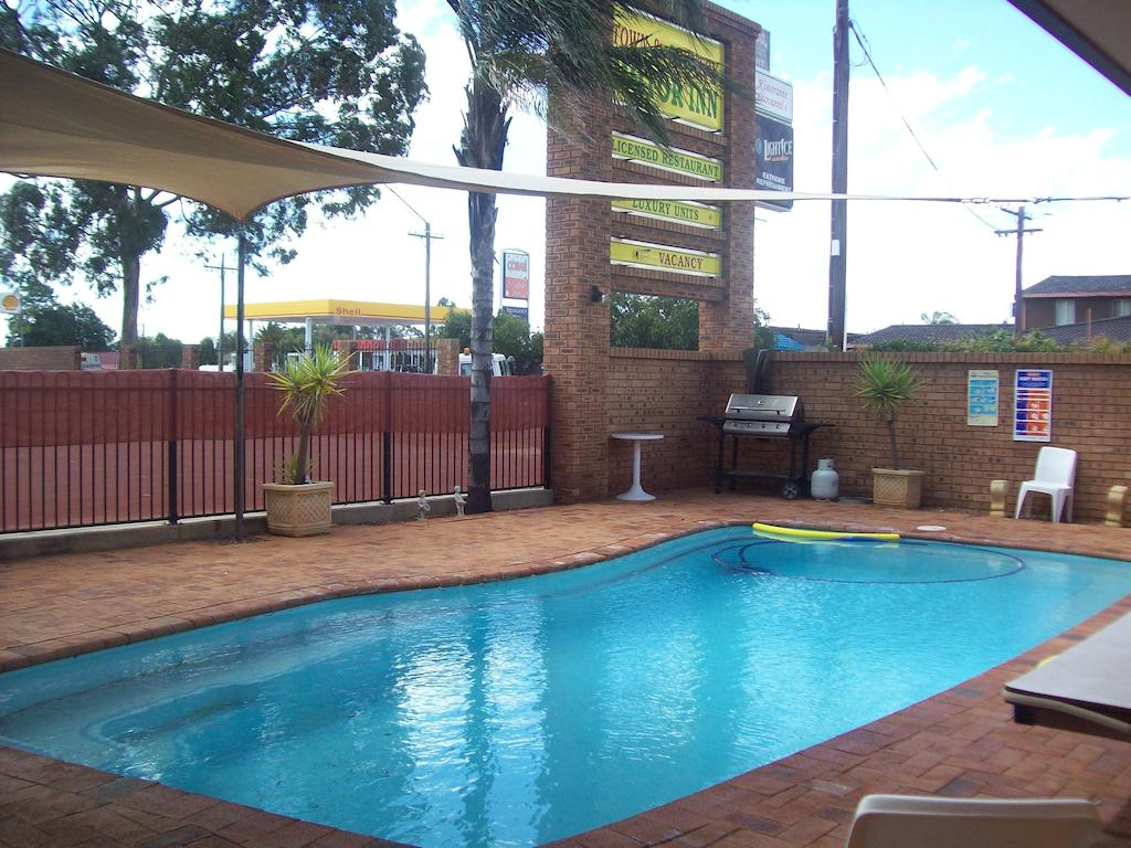 Cobar Town  Country Motor Inn - South Australia Travel