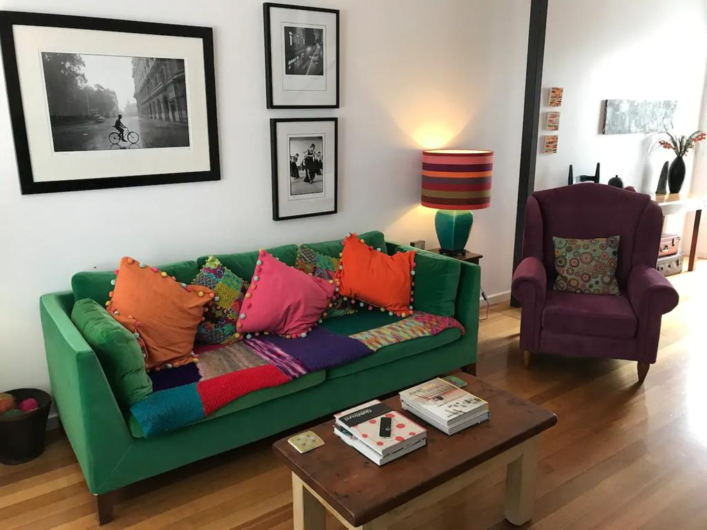 Colourful Darlinghurst Home In Perfect Location by Hyde Park - South Australia Travel