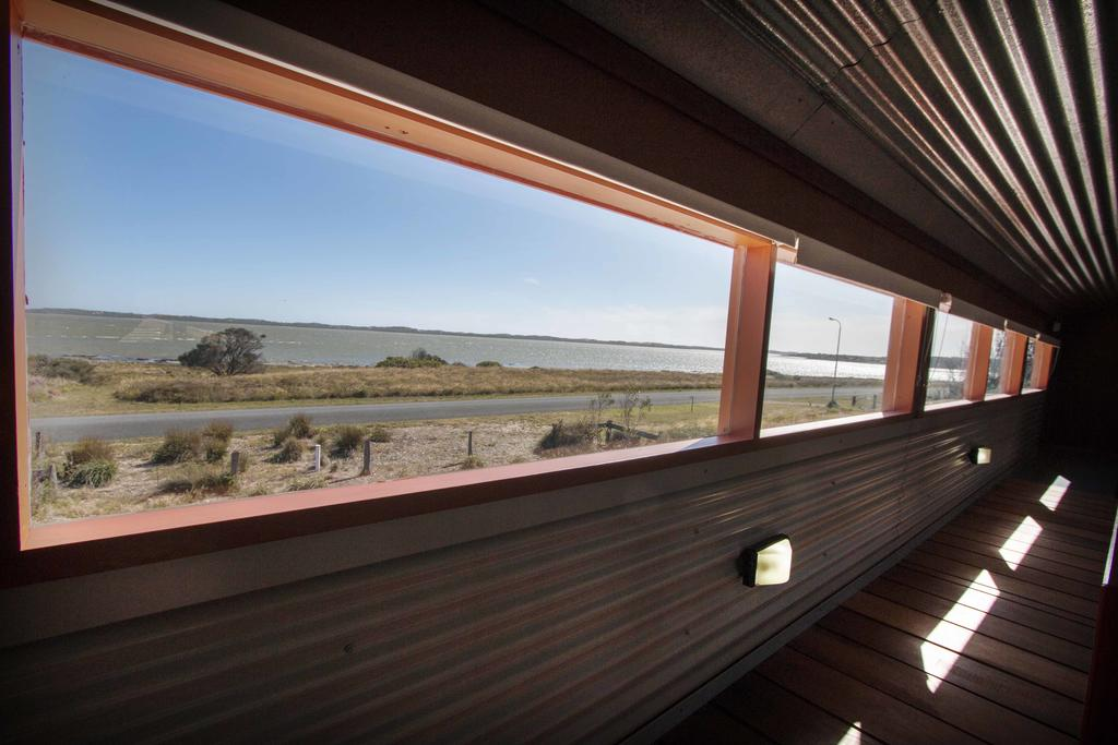 Coorong Aurora - breathtaking waterfront escape - South Australia Travel