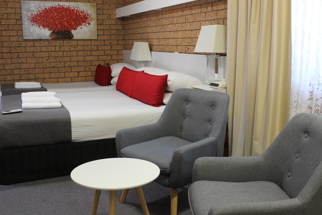 Golden Harvest Motor Inn Moree - South Australia Travel