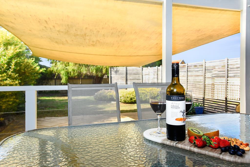 Goolwa Blue Escape - WiFi - Pet-Friendly - South Australia Travel