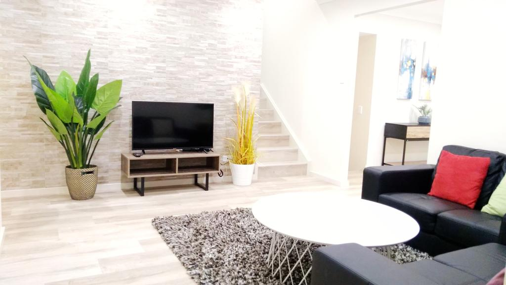 Modern 4-Bedroom House on Cunningham near Singleton CBD Hunter Valley - South Australia Travel