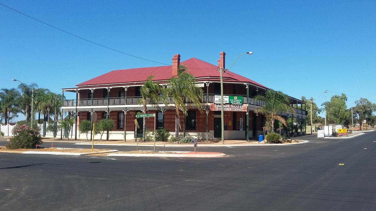 The Palace Hotel - South Australia Travel