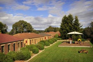 Country Club Villas - South Australia Travel