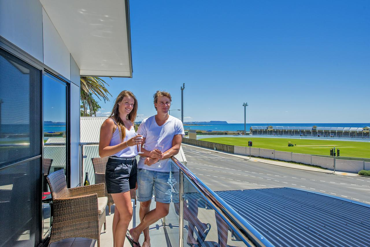 Burnie by the Bay Apartments - South Australia Travel