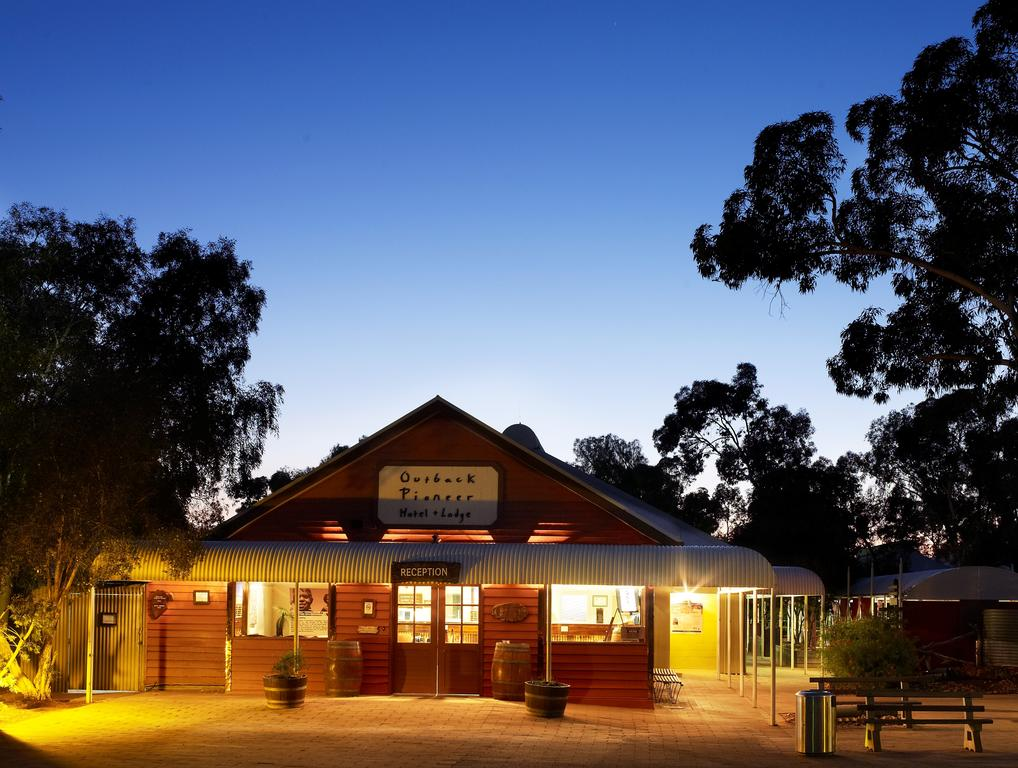 Outback Pioneer Hotel - South Australia Travel