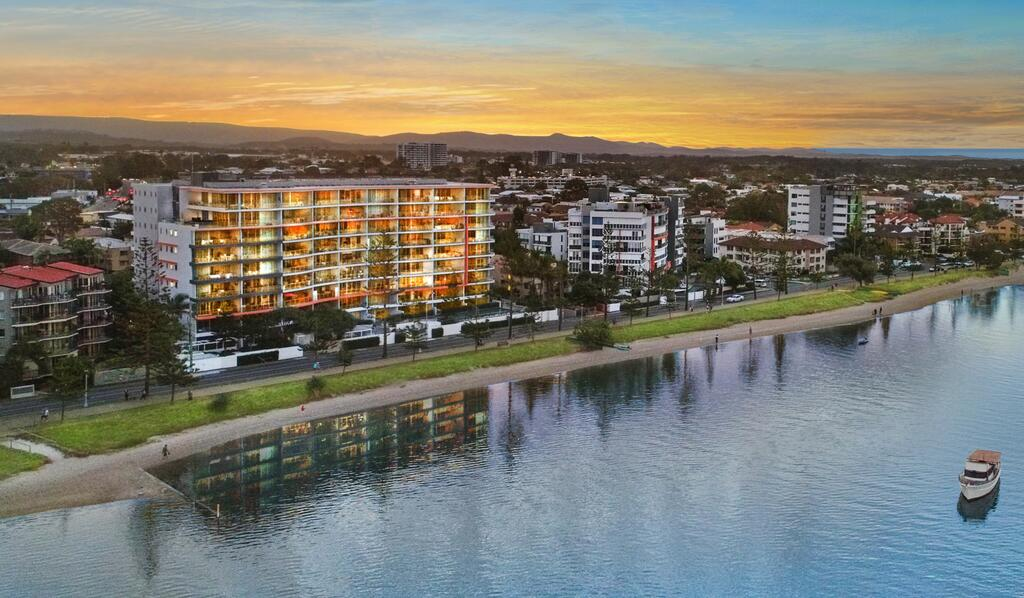Silvershore Apartments on the Broadwater - South Australia Travel