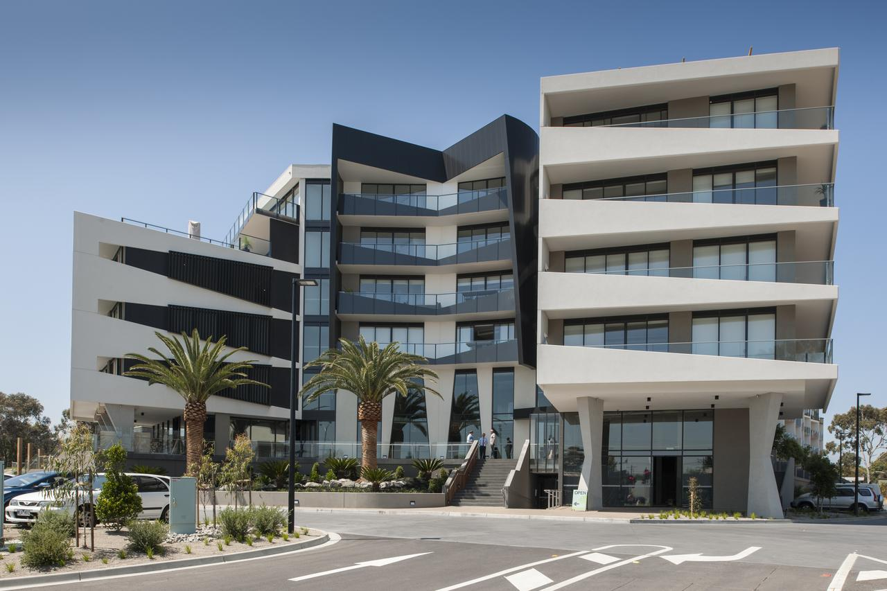 Sandy Hill Serviced Apartments - South Australia Travel