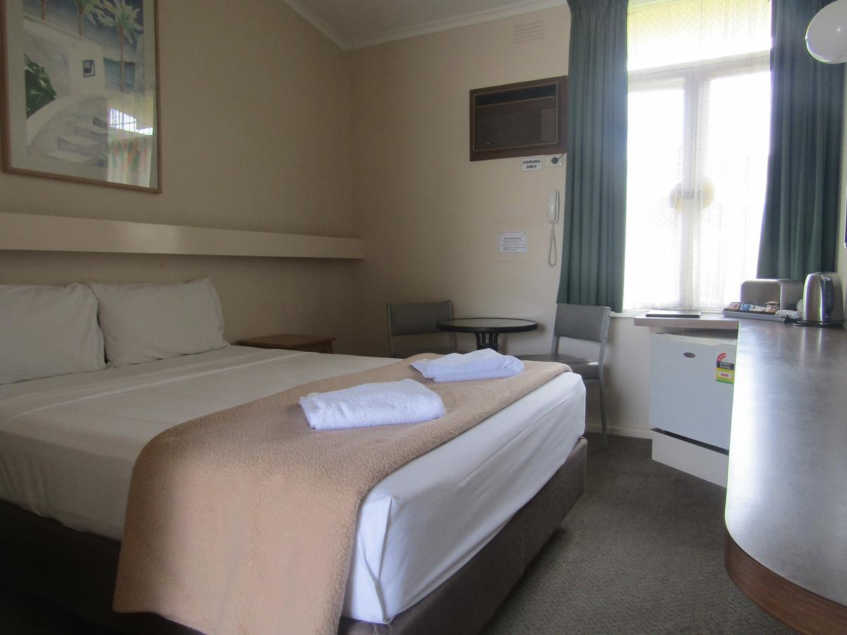 Twin City Motor Inn - South Australia Travel