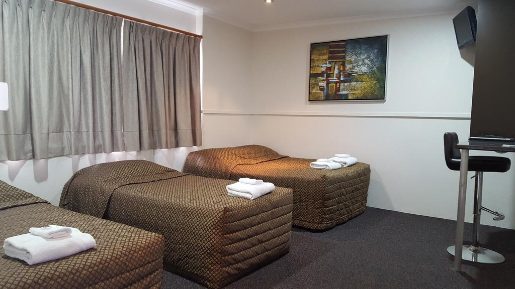 The Commercial Hotel Motel - South Australia Travel
