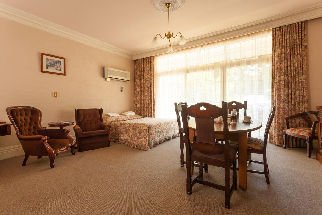 Victoria House Motor Inn - South Australia Travel