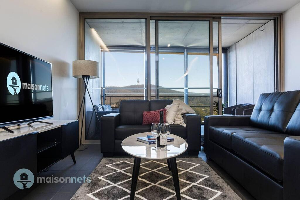 1 Bedroom Apt With Parking Walk to ANU - South Australia Travel