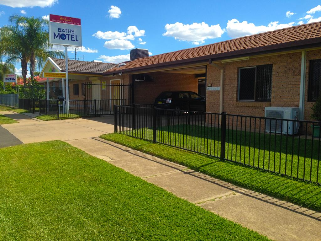 Baths Motel Moree - South Australia Travel
