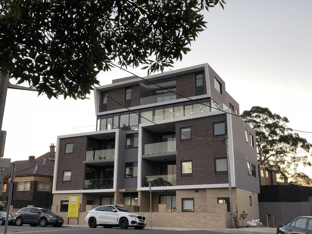 Benalong Apartment - at Gladesville - South Australia Travel